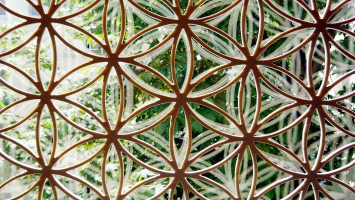 Blume-des-Lebens-Holz-Fenster-Ausschnitt-400px