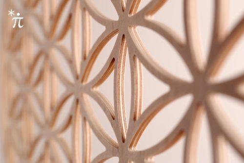 Blume-des-Lebens-aus-Holz-Birke-Detail