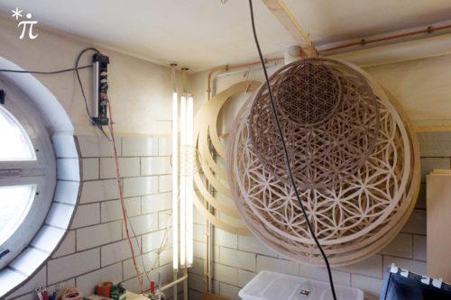Werkstatt-Lebensblume-aus-Holz